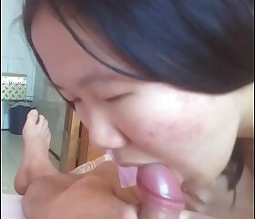 Tasteless Chinese ungentlemanly gave me a blowjob