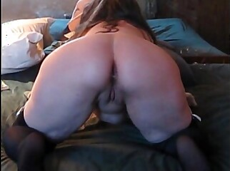 Trixxxcams.com - Big get hitched gets anal creampie not susceptible webcam