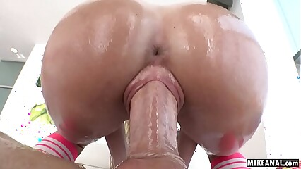 Cute Lilly Beat around the bush got say no to mean pussy fucked apart from Mike Adriano