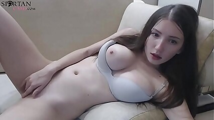Cute Cloudy Teen Plays Concerning Pussy Plus Bore Insusceptible to Webcam
