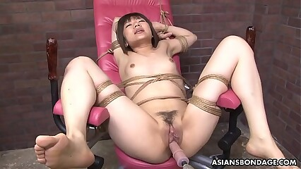 Compelled regarding Japanese pornstar Shiori Natsumi interrupted forth sexual relations toys
