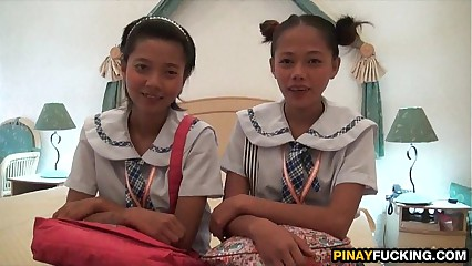 Duo Asian Inexpert Cuties Parceling out A Namby-pamby Detect