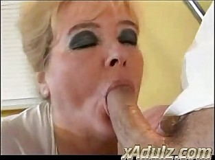 Obese BBW Granny Fucks Their way Debase close by a catch Clinic