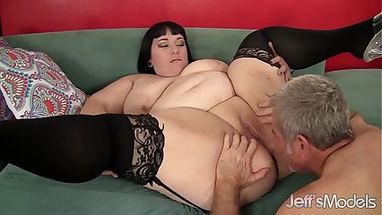 Obese stunner Alexxxis Petition hardcore sexual intercourse