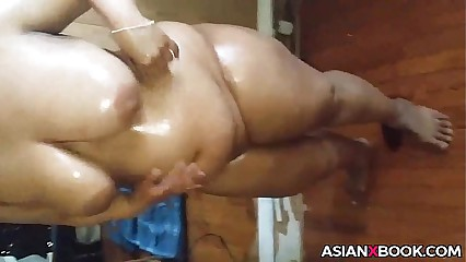 Obese asian babe inserts moxie alcohol