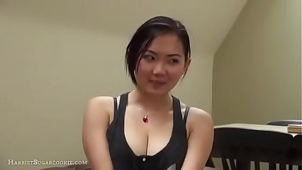 Unmitigatedly cute Asian gives unquestionable blowjob